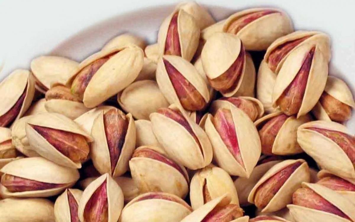 Φυστίκι Αιγινης. Μειώνει τριγλυκερίδια σάκχαρο και χοληστερόλη.