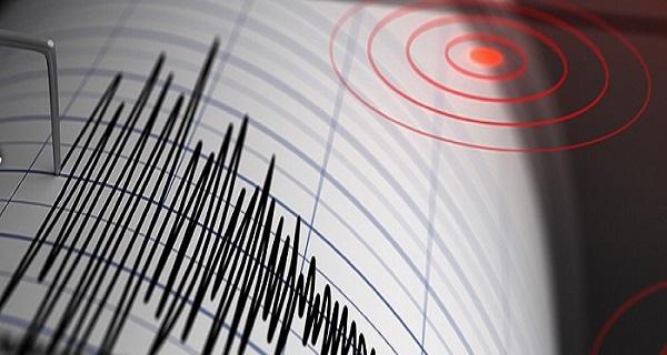 Ισχυρός σεισμός 5 Ρίχτερ στην Αλβανία