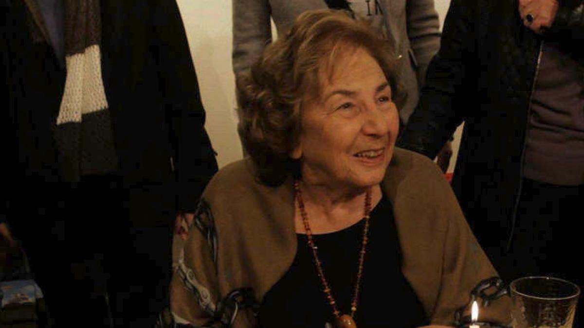 Έφυγε από τη ζωή η Αλκη Ζέη μια από τις μεγαλύτερες συγγραφείς της χώρας μας.