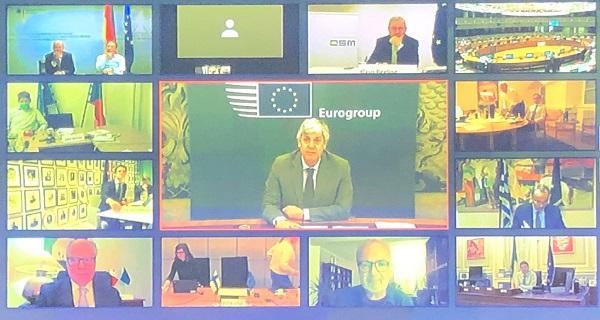 Συμφωνία που κρατά ζωντανή την ΕΕ, έστω και με αναπνευστήρα, στο #Eurogroup…