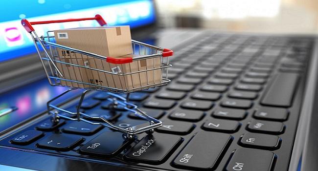 Διπλασιάστηκε η τάση αγορών από ηλεκτρονικά καταστήματα στην Ελλάδα