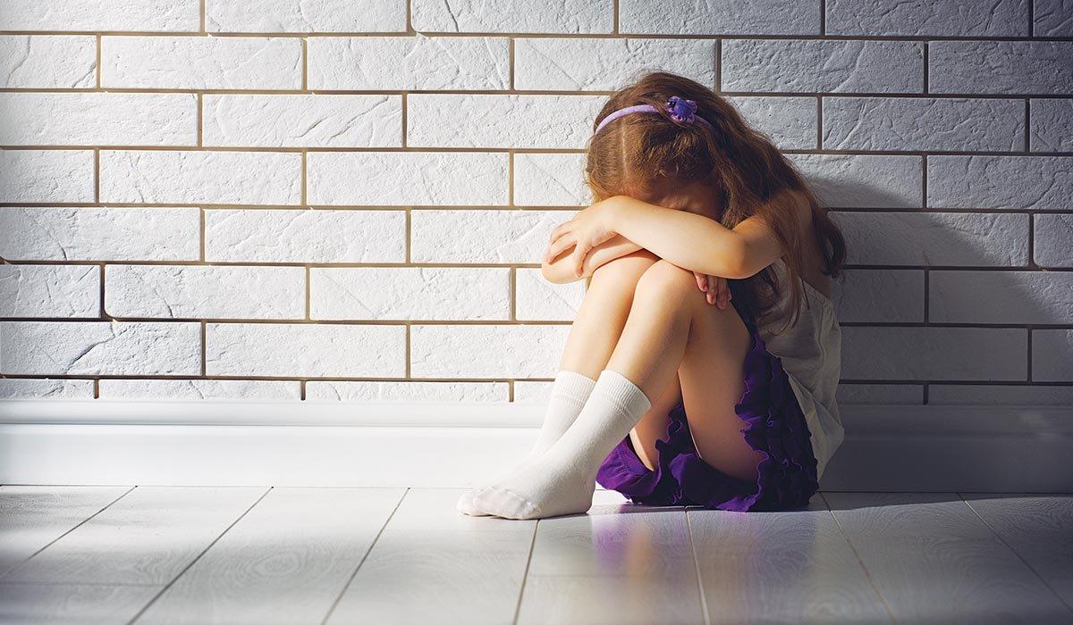 Νεαρός Αφγανός κακοποίησε 6χρονο κοριτσάκι στο σπίτι οικογένειας Σύρων που τον φιλοξενούσε.