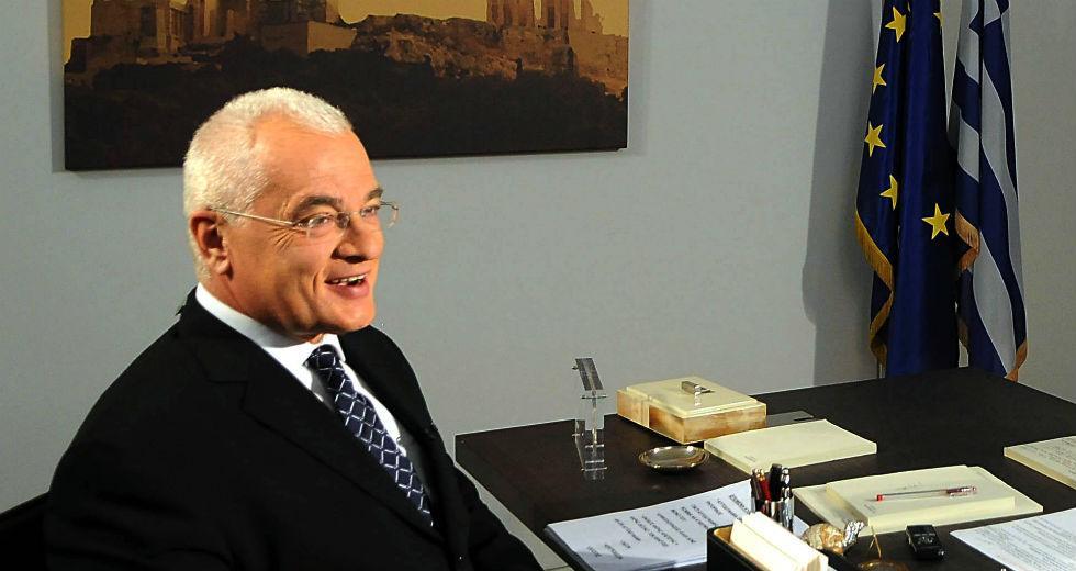 Σφοδρή επίθεση Πρετεντέρη σε Πρωθυπουργό και κ. Σακελλαροπούλου: Μην χάσουμε μόνο κανένα νησάκι!