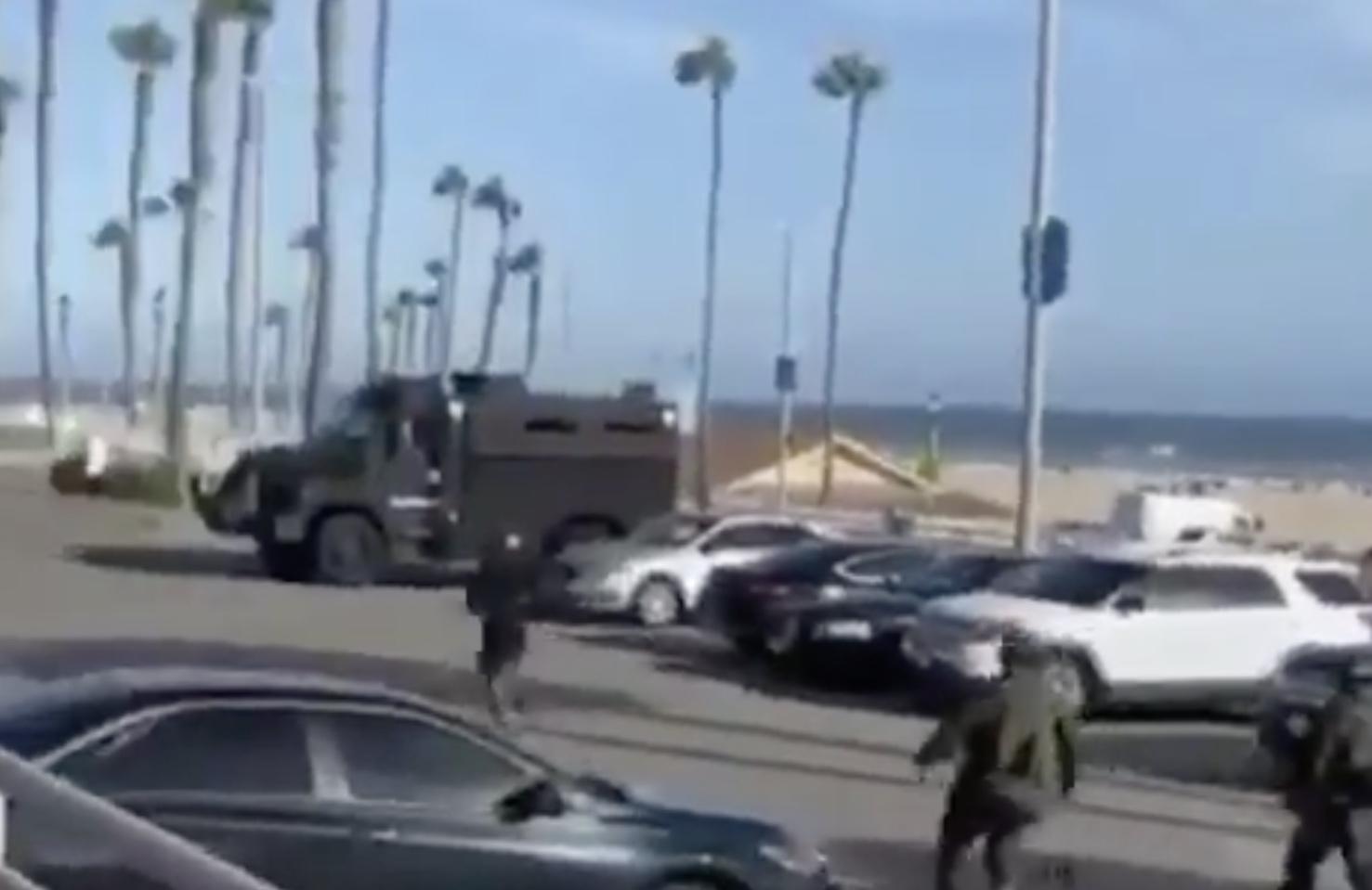 Αμερική: Απίστευτη απόδραση διαδηλωτή που είχε συλληφθεί.