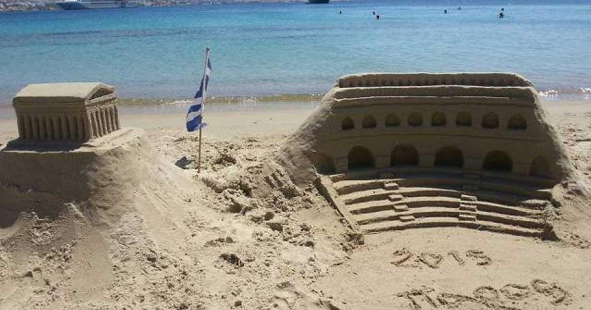 Έργα τέχνης φτιαγμένα στην άμμο.