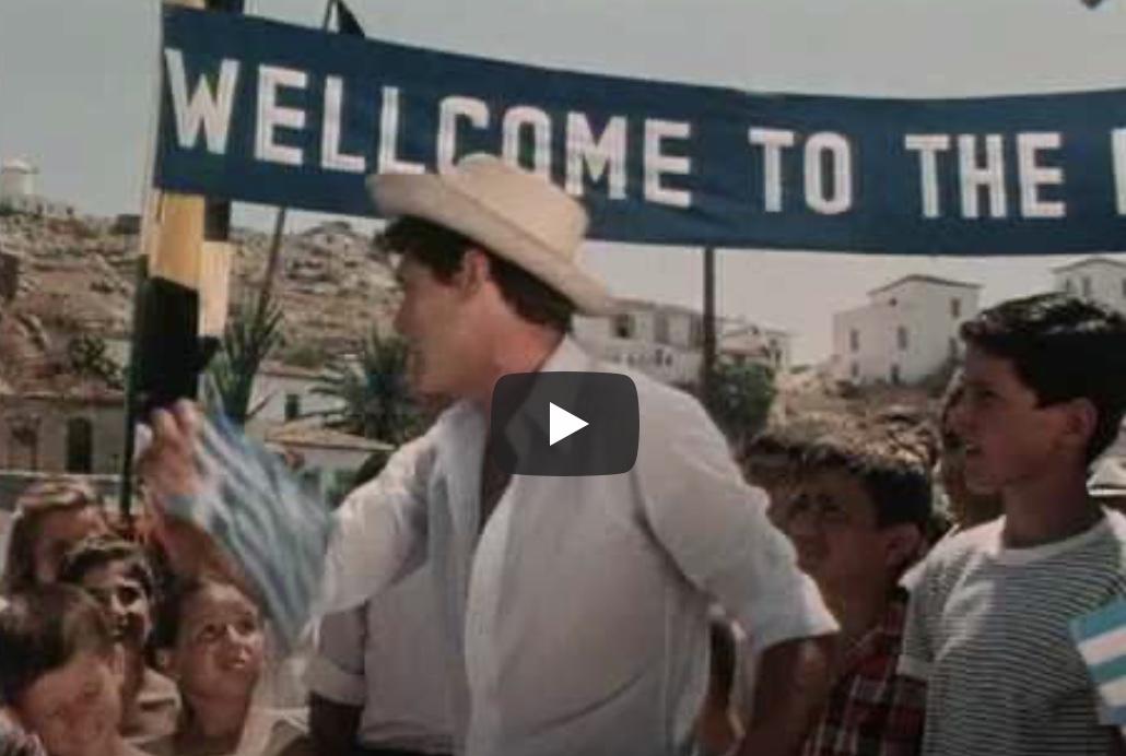 Ο νοσταλγός του 60 Θεοχάρης, γυρισε τον ελληνικό τουρισμό δεκαετίες πίσω.