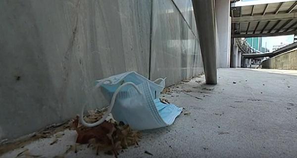Σουηδή έκοβε βόλτες στην Αθήνα παραβιάζοντας την 24ωρη υποχρεωτική απομόνωση
