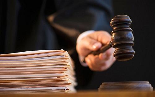 Ομόφωνα ένοχοι οι παιδεραστές του Αγρινίου – Η εισαγγελέας είχε εισηγηθεί την απαλλαγή τους!
