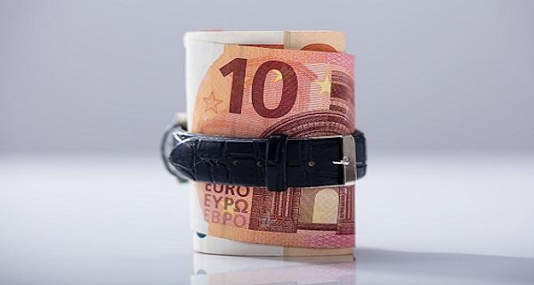 Πάνω από 2,5 δις ευρώ τα φέσια του Δημοσίου τον Ιούνιο