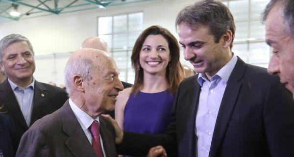 Το ΠΑΣΟΚ είναι εδώ: Οι εκσυγχρονιστές ξανάρχονται! Συγκυβέρνηση Μητσοτάκη -Σημίτη